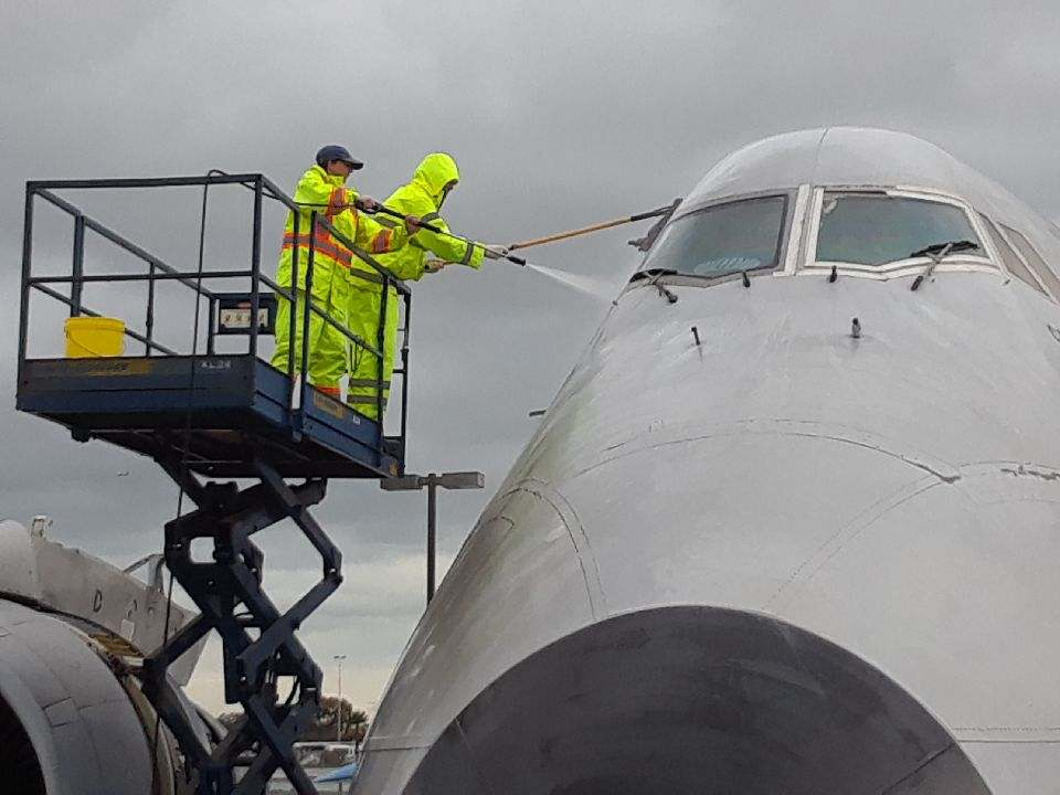 747 at Hiller