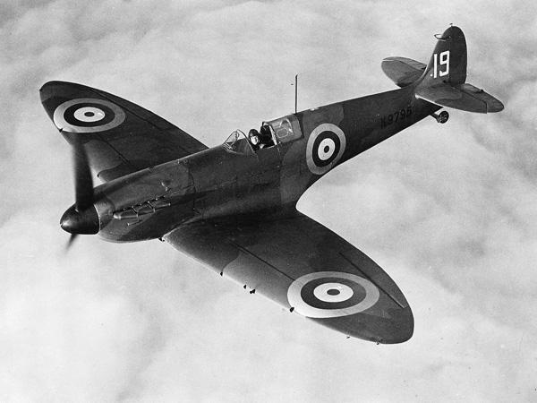 Battle of B Spitfire 600x450