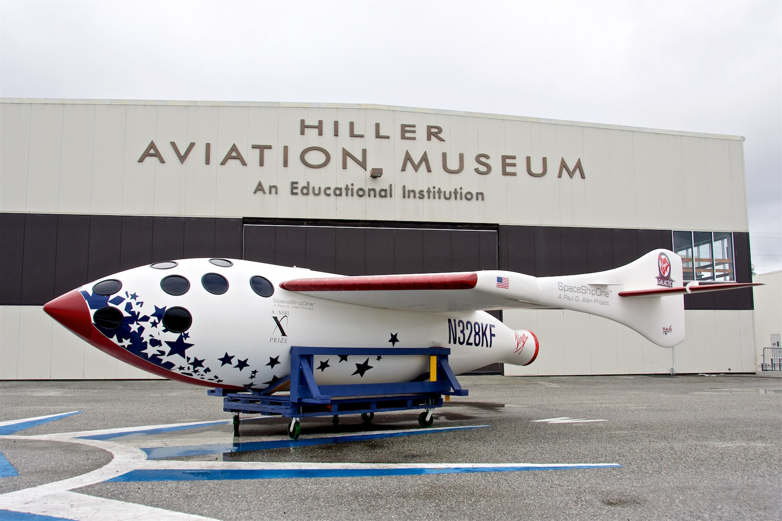 Hiller Football Fest,   SpaceShipOne replica,