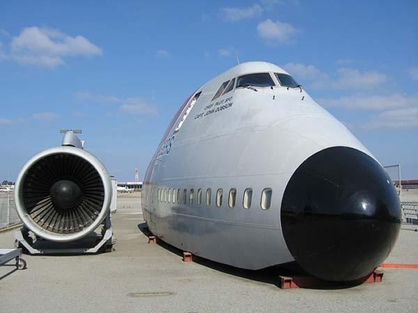aircraft_747_exterior_600x450px