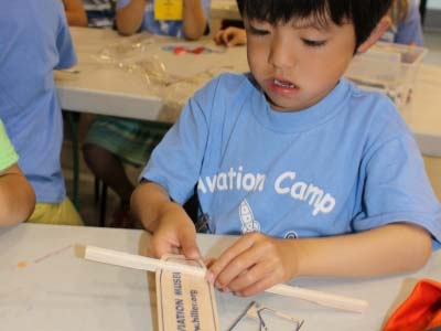 camp_flight_science_lab_8_400x300px