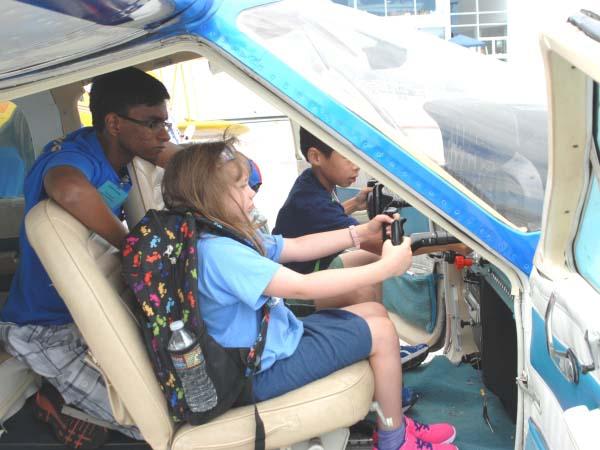 kids_air_faire_3_600x450px