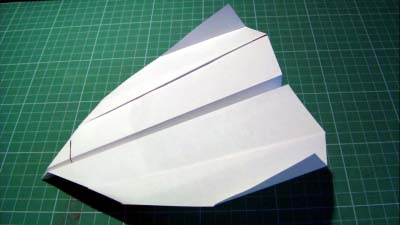 paper_airplane_2_400x225px