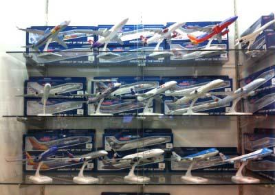 Airliner models